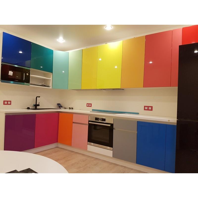успешными, цветовая гамма кухни из пластика фото прайс